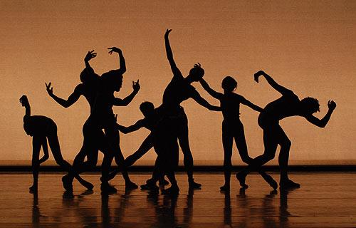 Jr_comedia_company_silhouette_66_500