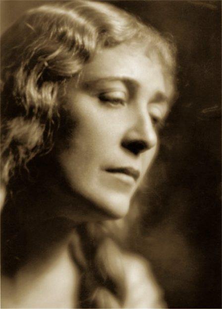 Lubin-Germaine-6[1939-Isolde]
