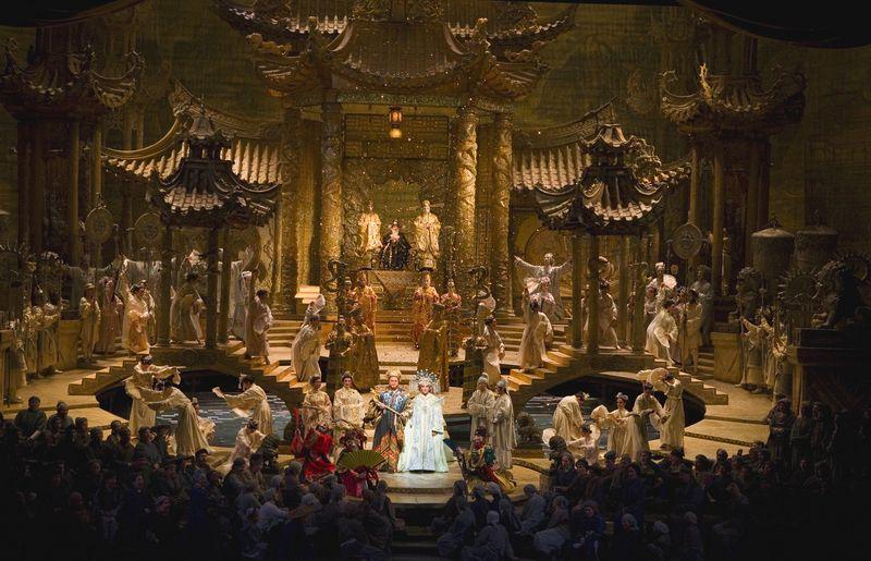 BS Turandot3-07Act3MET_0050a