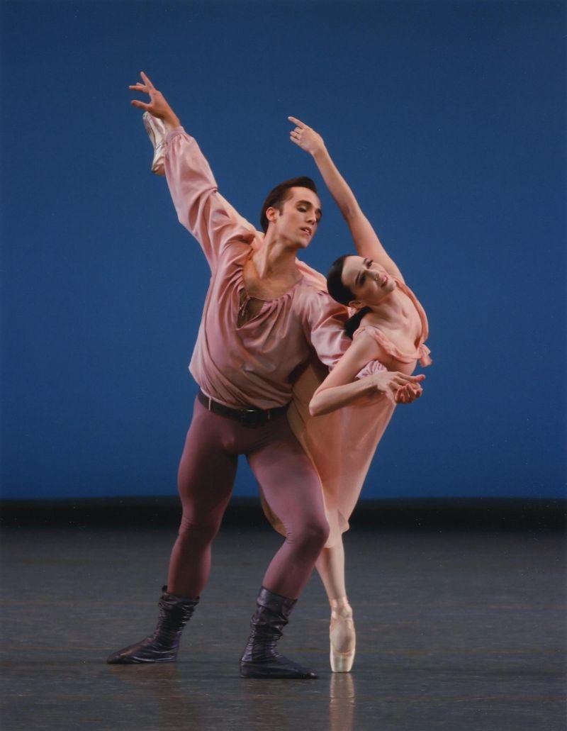 NYCB_DancesataGatheringRingerJAngle_Kolnika
