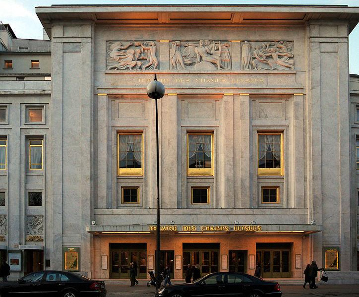 724px-Theatre-des-champs-elysees-