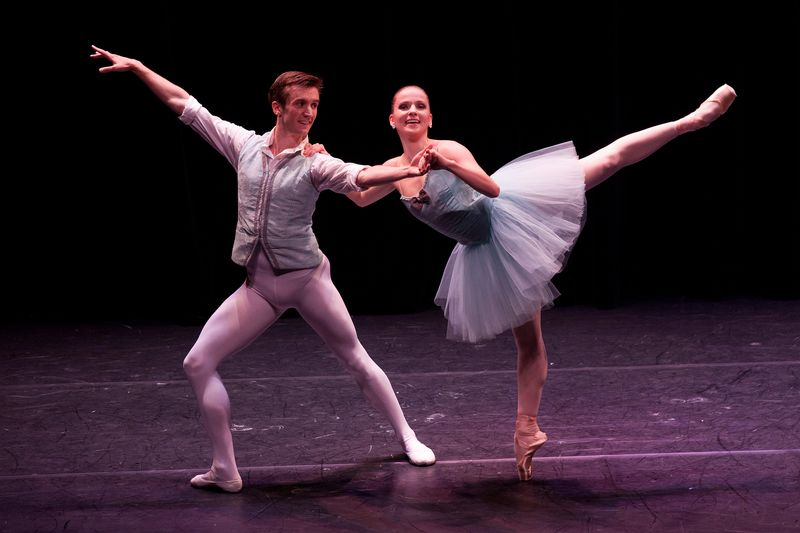 TOM GOLD DANCE   Flower Festival at Genzano  with  Devin Alberda and Abi Stafford
