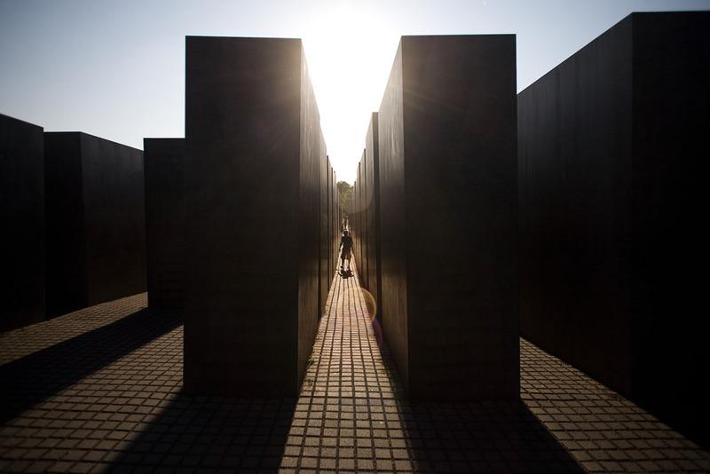 Holocaust_Memorial_large