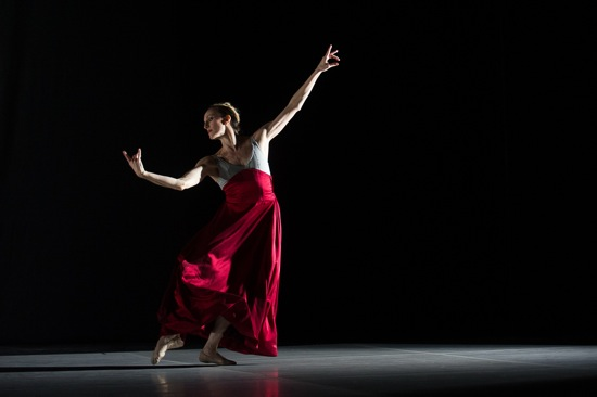 AJ-red-dress-20130814_restlesscreature-wendywhelan_christopher