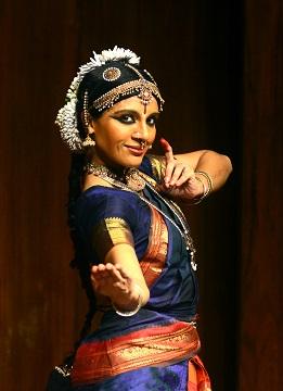 Aparna Ramaswamy 1