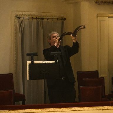 Photo by Matt Dine - Donald Batchelder plays the shofar in The Apostles with the American Symphony Orchestra at Carnegie Hall on Fri 5-12-17a