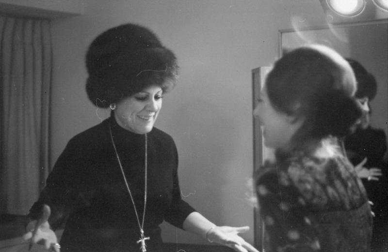 Renata and Gerda de Keyser December 1970