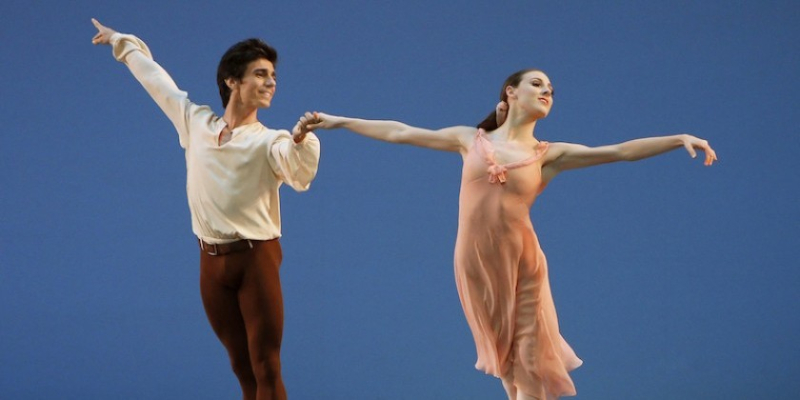 Tiler_Peck_and_Joaquin_De_Luz_in_Dances_at_a_Gathering_Photo_by_Paul_Kolnik