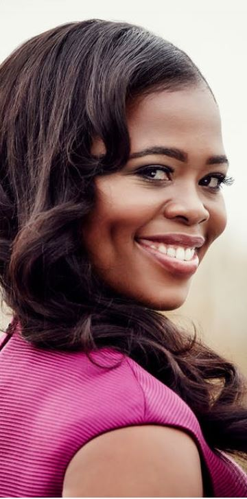 Pretty Yende Photo Credit Gregor Hohenber