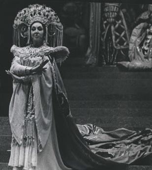 Lippert Turandot